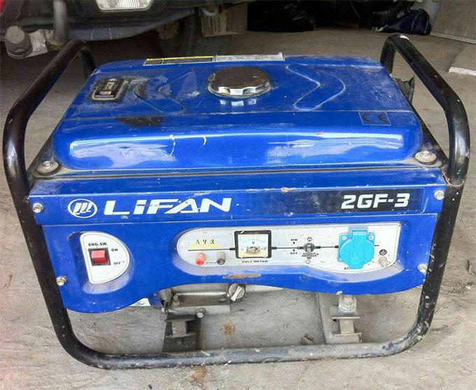 Бензиновый генератор Lifan 2GF 3