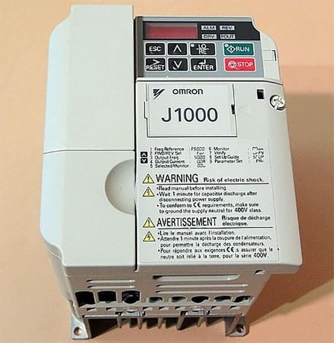 Частотный преобразователь Omron J1000