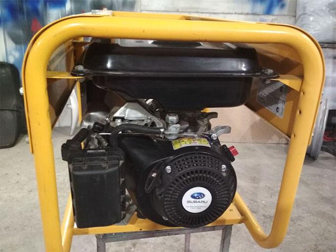 Бензогенератор Caiman с двигателем Subaru